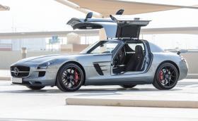Най-якият Mercedes за продажба? Може би SLS AMG Final Edition на 75 километра