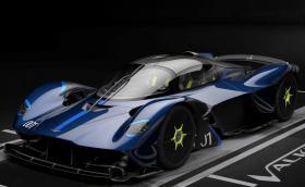 Aston Martin Valkyrie AMR Pro е по-… спортна версия на колата с 6,5-литров Cosworth V12
