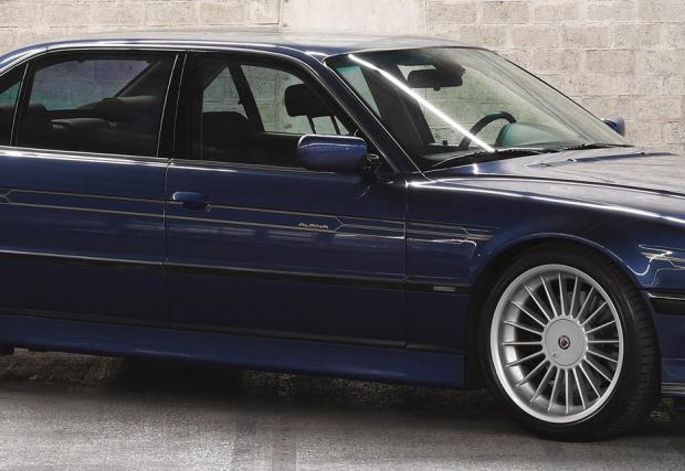 Това 2000 BMW Alpina B12 6.0 Langversion е едно от едва 94 броя. Продава се на парите на Peugeot 508