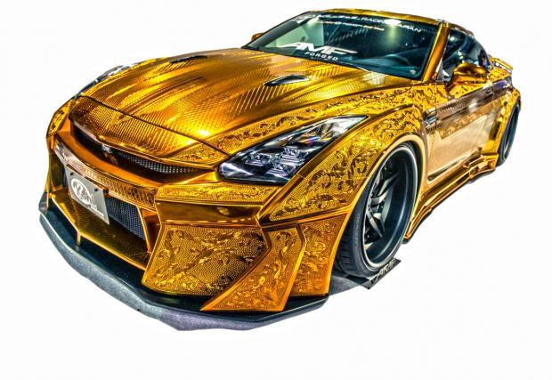 Златен Nissan GT-R, Audi S3 по-мощно от Veyron и BMW M1, забравено в гараж за 34 години. Дванадесетте най-четени от вас наши неща за 2016