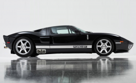 Този 2003 Ford GT e най-бавният правен някога. Ограничен е на 8 км/ч и струва над 1 млн долара. Галерия