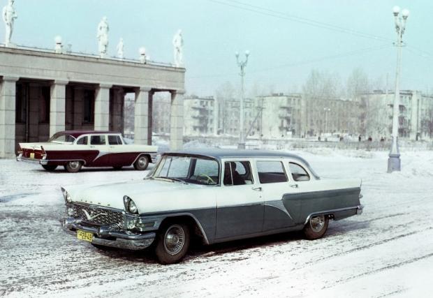 """Това е бил автомобилът избран от Никита Хрушчов, който е предпочел """"Чайка"""" пред по-луксозната тогава лимузина на """"ЗИЛ""""."""
