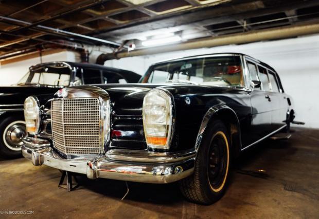 Mercedes-Benz 600 Pullman. Една от най-предпочитаните от диктаторите ултра луксозни лимузини. Тази конкретно е принадлежала на Садам Хюсеин, но същите са имали Иди Амин Дада, Мау Дзъдун както и Фидел Кастро.