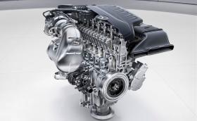 Mercedes-Benz връща редовия 6-цилиндров мотор: 3-литров с 408 коня. Ура и честито!