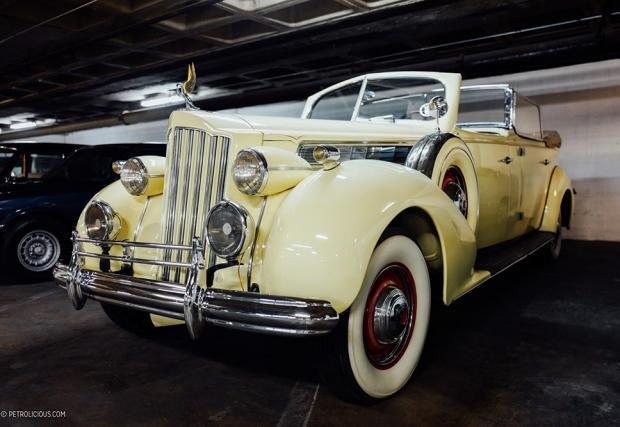 Packard Super 8 Phaeton от 1939. Параден автомобил на аржентинското правителство, използван тогава от президента Хуан Перон. Според някой, това е и последната кола, в която се е возила жена му Евита Перон.