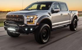 Ford Hennessey VelociRaptor изстрелва бали сено до 100 км/ч за около 4 секунди. Практичен автомобил със 700 коня. Галерия и инфо