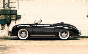 1954 Porsche 356 Pre-A Speedster на 19 хил. км? Прекрасен начин да сте готини през това лято