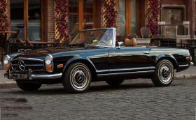 1970 Mercedes-Benz 280 SL. Болезнено елегантен, непреходен. Галерия и инфо