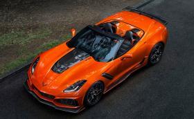 Chevrolet Corvette ZR1 Convertible е кабрио със 755 коня. Вдига 330 км/ч и се охлажда с 13 радиатора