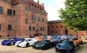 Koenigsegg събра 19 от колите си на едно място. Това са 15% от всички произведени
