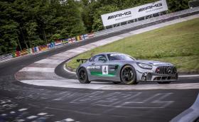 """Mercedes-AMG GT4 атакува """"Ринга"""""""