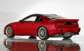 Какво ще кажете за Nissan 300ZX, който е по-бърз от Veyron? Продава се