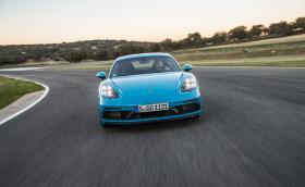 Супер галерия: Porsche 718 Cayman и Boxster GTS + видео от Сицилия