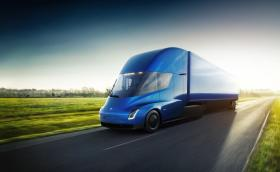 Влекачът на Tesla вдига 100 за 5 секунди и има гаранция от 1,6 млн. километра