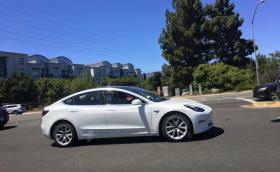 В Южна Корея Tesla Model 3 идва на половин цена