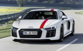 """Audi R8 V10 RWS казва """"не"""" на quattro-то. Колата е с 540 коня и задно"""