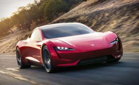 Tesla Roadster срещу 18-те най-бързи коли на плaнeтата