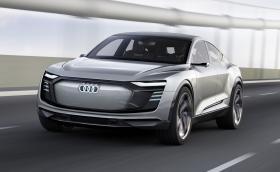 В Шанхай Audi започна да мисли като Tesla с електрическия e-tron Sportback