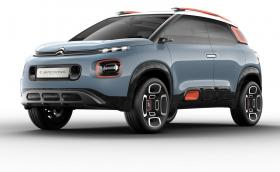 Citroen C-Aircross Concept намеква за бъдещия C-Aircross. Волан с една спица и липса на бутони. Галерия и инфо