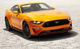 Всичко, което трябва да занете за новия Ford Mustang. Идва с 10 скорости и електромагнитно окачване. Галерия и инфо