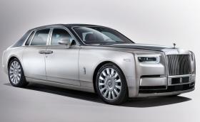 Новият Rolls-Royce Phantom е по-тих от ядрена подводница, скоростите му се управляват от космоса