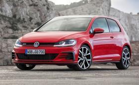 В пресматериала на Volkswagen Golf GTI означението LED се повтаря 25 пъти. Галерия и инфо