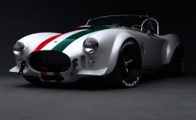 Тази отровно яка AC Cobra разполага със 7-литров V8, 700 коня и вдига 320 км/ч. Галерия и инфо