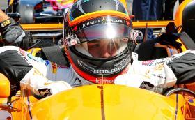 Алонсо даде пето време в квалификациите за Инди 500. Бурде катастрофира с 370 км/ч, оцеля по чудо. Видео и снимки