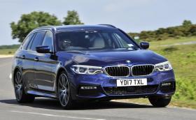 BMW 530d xDrive Touring M Sport ли е най-универсалната кола?