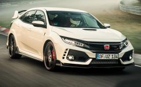 """Новият крал на """"Зеленият ад"""" е бяла Honda. Civic Type R записа нов рекорд за кола с предно. Галерия и видео"""