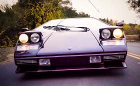 """""""Колата е човешко същество"""". 1986 Lamborghini Countach 5000 Quattrovalvole и Валентино Балбони, човекът-Lambo"""