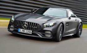 Хоп, нов Mercedes-AMG GT C Edition 50. Мощен е 550 коня, а поводът е половин век AMG. Галерия и инфо