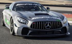 Mercedes-AMG GT4 е новата карбонова пистарка с 510 коня и 600 Нм