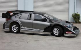 Ford Focus с 850 к.с. и мотор от Nissan GT-R. Изглежда доста... нормално. Галерия и видео