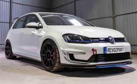 RevoZport Razor 7E e наточен VW Golf за пистата. Развива 12 000 об/мин и генерира... 115 к.с., защото е на ток