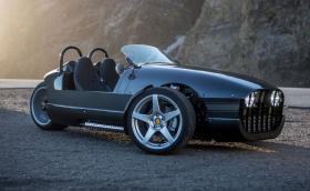 Vanderhall Venice е мотоциклет с 1,4-литров турбо мотор на GМ и лостчета зад волана от Opel Insignia