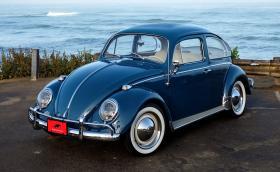 Този 1964 VW Beetle е електрически, вдига 160 км/ч и минава около 150 км с едно зареждане