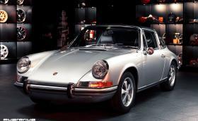 Едно прекрасно 1969 Porsche 911T Targa, възстановено в България