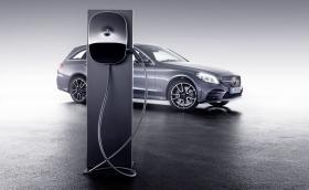 Mercedes връща нафтата в играта с новите си дизелови хибриди
