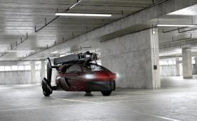 Готова е. Първата летяща кола дебютира в Женева в серийна форма