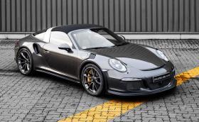 Това е Porsche 911 Targa 4 GTS в стил GT3 RS. Колата е страхотна