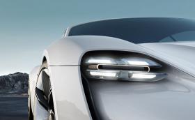 12 неща, които вече знаем за Porsche Mission E