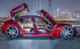 Fisker EMotion има 780 к.с., но вдига само 260 км/ч. И все пак има крила...