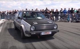 Вижте и чуйте този невзрачен Golf II със 750 к.с. Видео