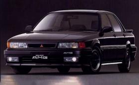 Това е 1989 Mitsubishi Galant AMG. Точно така, AMG