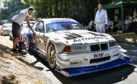 Това BMW E36 V8 е най-бързата бензинова кола в Гудууд. Направено е в чест на Георг Плаза, една легенда, която вече не е сред нас