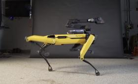 Boston Dynamics научиха робот да танцува на 'Uptown Funk' на Бруно Марс и Марк Ронсън