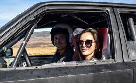 Возихме се на 'Drift & Race Taxi' с Ива Русинова. Можете и вие, а даже може и да вземете уроци по дрифт. Яко е