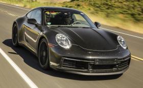 8 неща за новото Porsche 992. Колата е почти готова, идва с 8 скорости, хибридна версия и… GT3 с две турбини