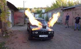 Руснак монтира двигател от МиГ-23 в BMW E30